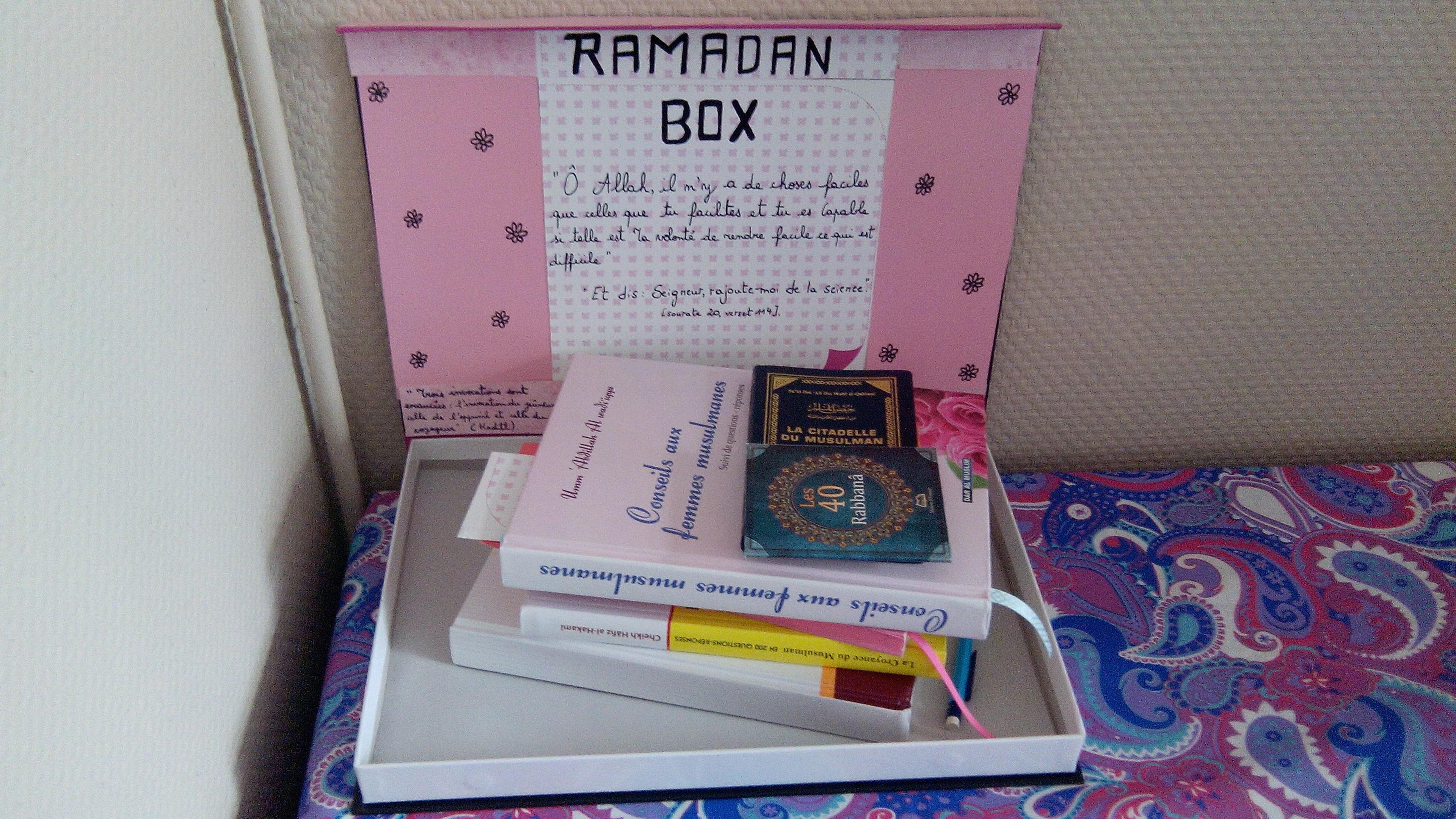La Ramadan Box d'Oum Soumeyya! © - Et vous, qu'y a-t-il dans votre Ramadan Box? -  Qu'Allah me permette de lire tout ceci et bien plus durant ce mois béni inchaAllah!